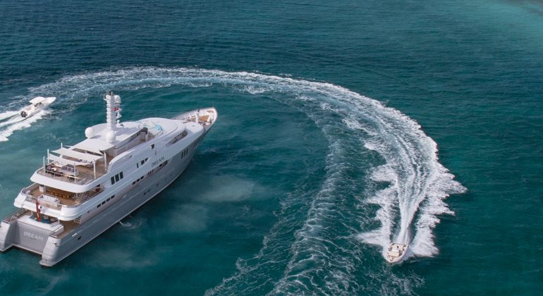 Beautiful Yacht Charter
